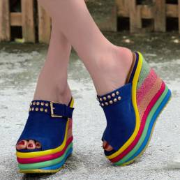 Mujeres Rivet Rainbow Colorful Hebilla Peep Toe Verano Playa Plataforma de cuña Sandalias