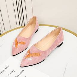 Zapatos planos de decoración bordados de pájaro de gamuza con punta puntiaguda para mujer