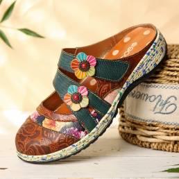 SOCOFY vendimia Cuero hecho a mano Floral Gancho Slip Strap Slip on Mules Zuecos Zapatos planos