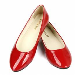 Tamaño de EE. UU. 5-11 Mujer Pisos Casual Cómodo dedo del pie acentuado PU Moda Slip On Mocasines planos Zapatos
