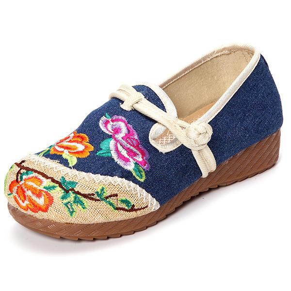 Zapatos chinos bordados chinos con punta redonda y hebilla redonda