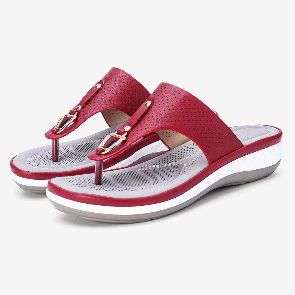 Chanclas de decoración de metal de verano para mujer Cómodo clip de dedo del pie Sandalias