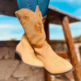 Vaquero de media pantorrilla con punta puntiaguda y tacón grueso bordado de margaritas de gran tamaño para mujer Botas