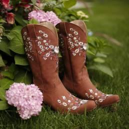 Deslizamiento bordado de flores retro de gran tamaño para mujer en vaquero Botas