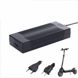 LANGFEITE 2.0A Litio Li-ion Batería Cargador para L8 / L8S LANGFEITE Eletric Scooter US / Enchufe de la UE