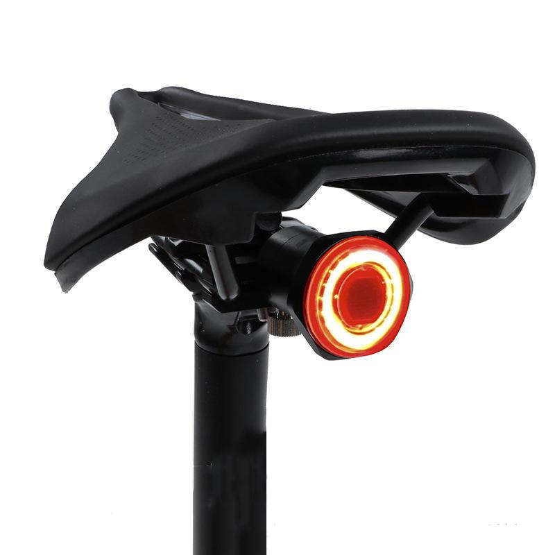 MEROCA MX2 100LM Smart Sensor Inducción de freno de luz 24H Tiempo de funcionamiento 4 modos 500mAh USB recargable 180 °